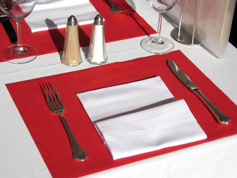 Tischsets Airlaid 40x30cm versch. Farben 600St